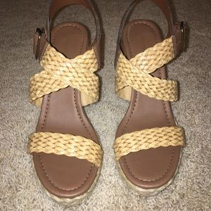 Cute, like new strappy wedge sandals!